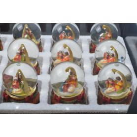 Bożonarodzeniowa kula śnieżna SZOPKA
