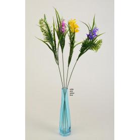 Искусственные цветы: цветное