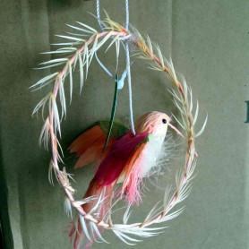Кулон с перьями