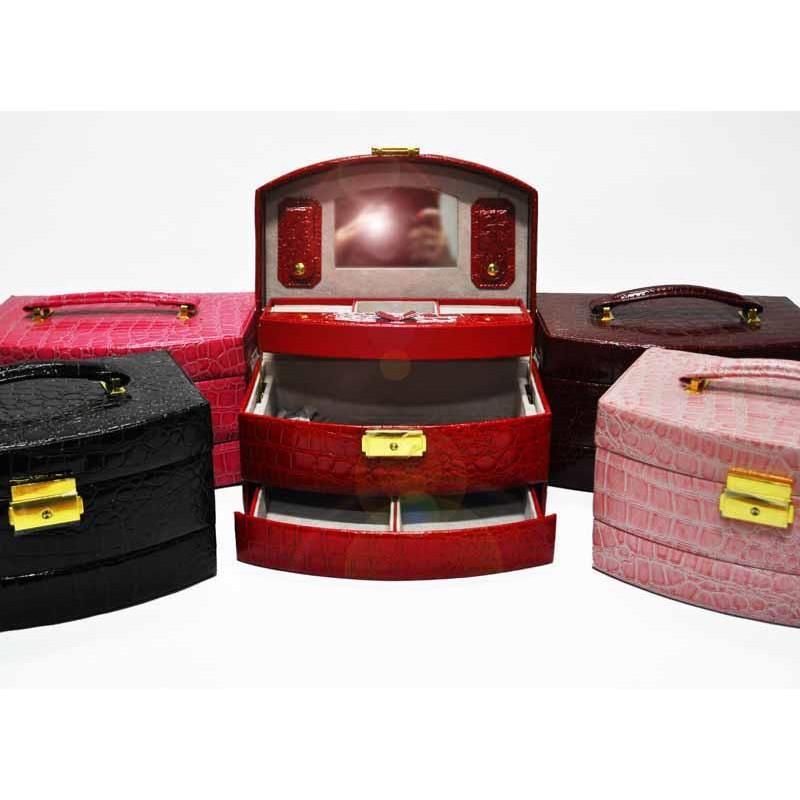 Kufer na biżuterię