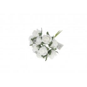 Małe bukieciki róż z pianki