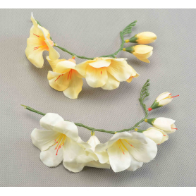 Искусственные цветы: фрезия бутон