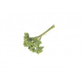 Искусственные цветы: декоративная связка