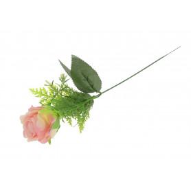 Róża pojedyncza w wiązce