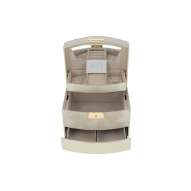 Drewniany kuferek na biżuterię P028607