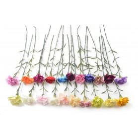 Искусственные цветы: гвоздика